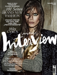 Das September-Cover von Interview (Foto: Giampaolo Sgura; Styling: Julia Von Boehm