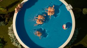 Kampagne:  Little Lungs in a Great Big World: Pool