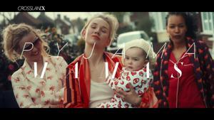 Kampagne: #PyjamaMamas | New Crossland X | Vauxhall