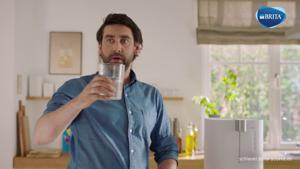 Kampagne: Brita Yource Wasserbars – Du trägst dein Wasser noch? Tragisch