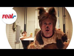 Kampagne: real.de: Champagner mit der Katze