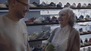 Kampagne: Frangelico - Oma Helga & Dead Stock auf der Suche nach dem Festival-Sneaker