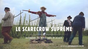 Kampagne: The Robing Ceremony | Le Scarecrow Suprême | Kronenbourg 1664