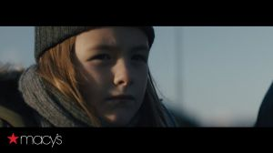 Kampagne: Lighthouse | The Perfect Gift Brings People Together | Macy's Holiday Commercial 2017