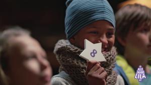 Kampagne: Jana Ina & Milka lassen Kinderherzen höher schlagen