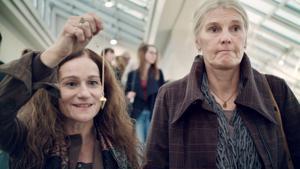 "Kampagne: Hornbach - ""Sag nicht Projekt, wenn Du nicht HORNBACH meinst."" - Rolltreppe"