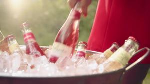 Kampagne: Rotkäppchen Fruchtsecco - Der Moment seid ihr