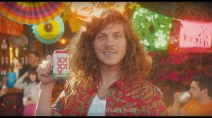 Kampagne: Dos Equis - CINCO EQUIS ft. Blake Anderson