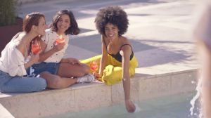"Kampagne: Aperol TV Spot - ""Aperol Party Rezept"""